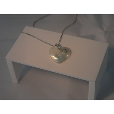collier coeur nacre
